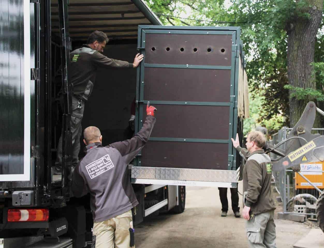 Spedition Möbel Logistik Gmbh Franken ~ Nashorn verladen  Kohlhardt GmbH